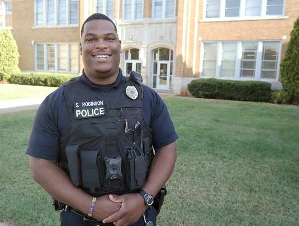 Employee Spotlight: Scotty Robinson, School Resource Officer